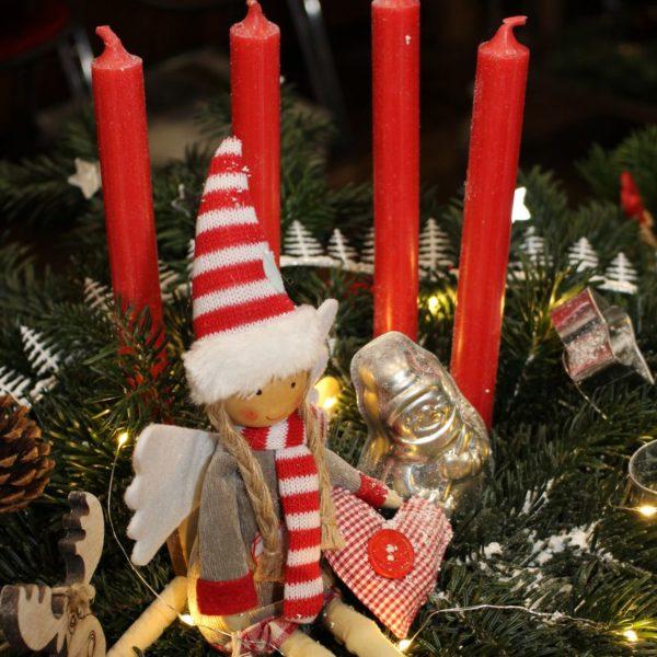 """Wir Wünschen Ihnen Und Ihren Familien Eine Besinnliche Adventszeit, Ein Frohes Und Gesegnetes Weihnachtsfest Sowie Ein Gesundes Und Glückliches """"Neues Jahr 2019""""!"""