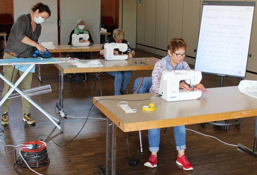 Kolping-Berufsbildungswerk Essen Stellt Mundschutz Selber Her